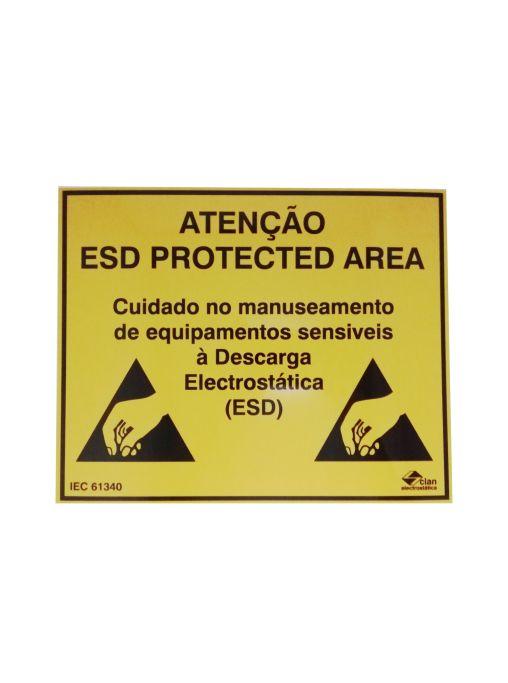 """Aviso """"Atenção! ESD Protected Area - Cuidado no manuseamento de equipamentos sensíveis à Descarga Electrostática (ESD)"""""""